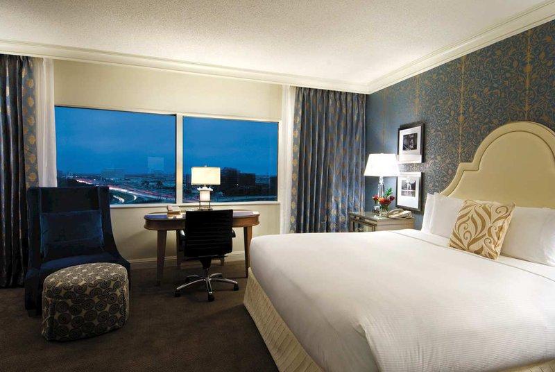 Hilton Dallas Lincoln Centre Widok pokoju