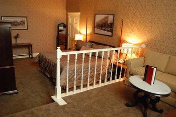 Fitger 39 S Inn First Class Duluth Mn Hotels Gds