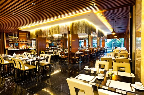 Royal Princess Larn Luang Hotel - Princess Cafe