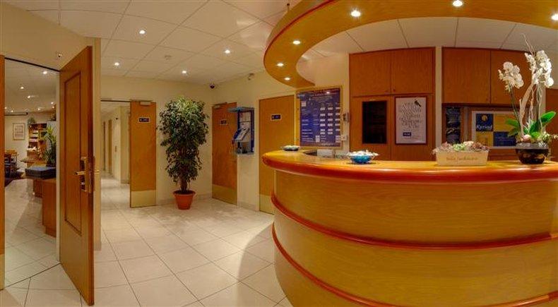 Kyriad - Rennes Centre Hala