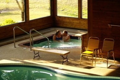 Cedar Motor Inn - Marquette, MI