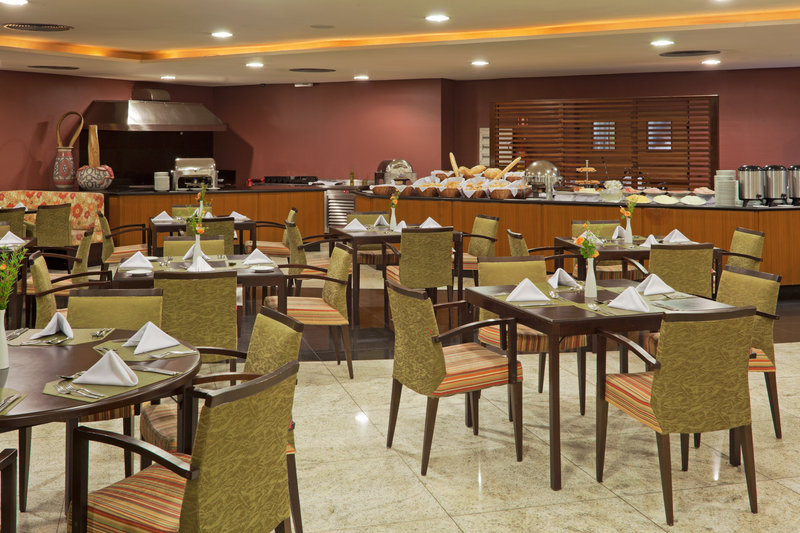 Crowne Plaza Hotel Belem Restauration