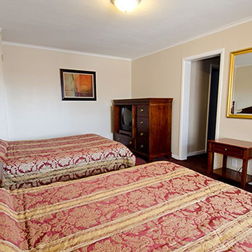 Rockford Alpine Inn & Suites - Rockford, IL
