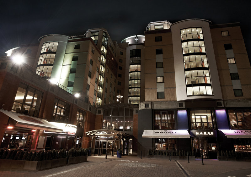 Millennium & Copthorne Hotels at Chelsea Football Club Widok z zewnątrz