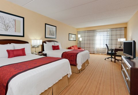 Courtyard Chicago Midway Airport - Double Double Guest Room