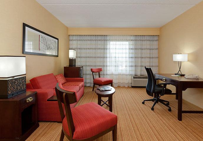 Courtyard Chicago by Marriott Midway Airport Vista de la habitación