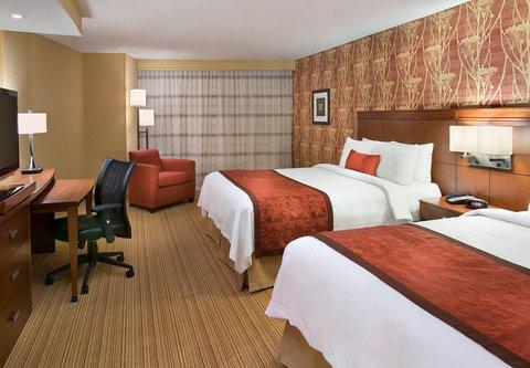 Courtyard By Marriott Calgary Airport Hotel - Queen Queen Guest Room
