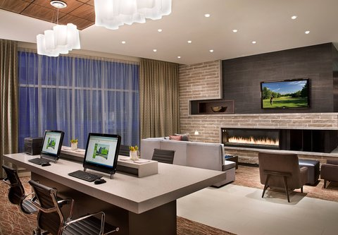 Courtyard By Marriott Calgary Airport Hotel - Business Centre