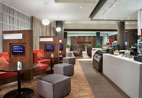Courtyard By Marriott Calgary Airport Hotel - Barlow Bistro   Bar