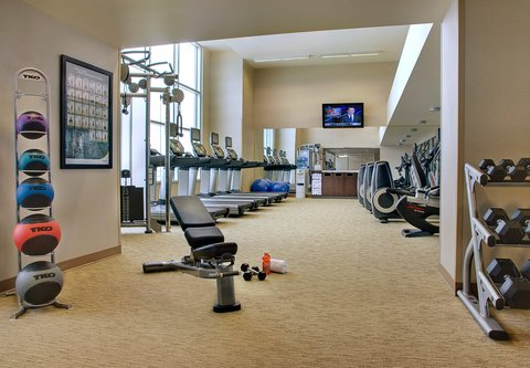 Courtyard By Marriott Calgary Airport Hotel - Fitness Centre