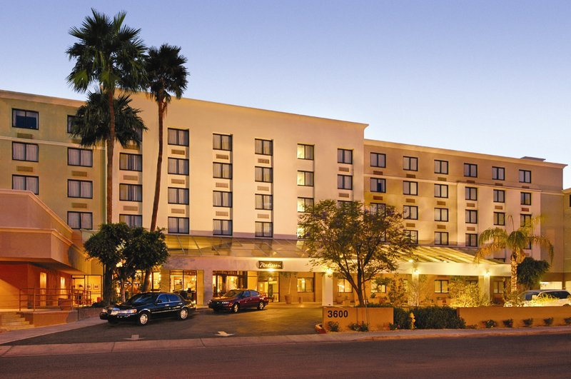 Hilton Garden Inn Phoenix Midtown Phoenix Hotels In Phoenix Az 85012 Citysearch