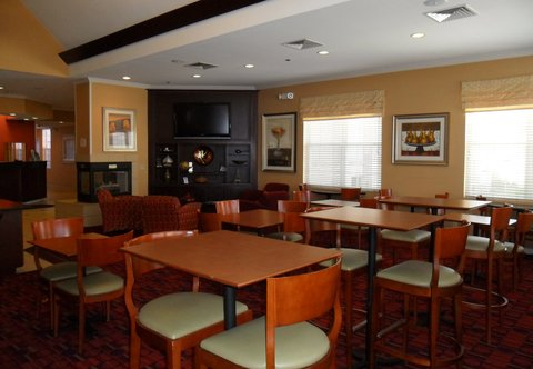 Residence Inn By Marriott Colorado Springs South - Gatehouse Dining Area