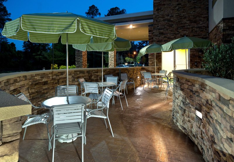 Fairfield Inn & Suites Tallahassee Central Outros