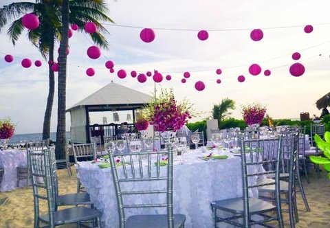 Curacao Marriott Beach Resort & Emerald Casino - Beach Wedding Reception