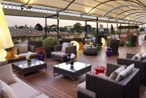 Hotel Bernini Bristol - Small Luxury Hotels of The World - Lounge Bar Terrace