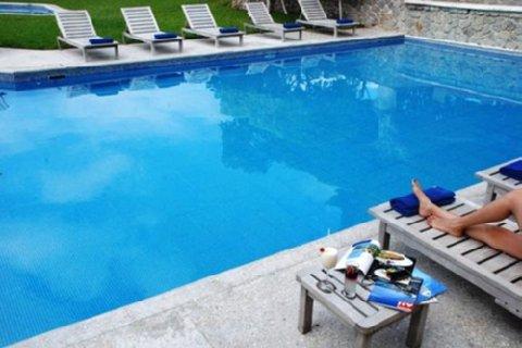 Loma Real - Swimming Pool