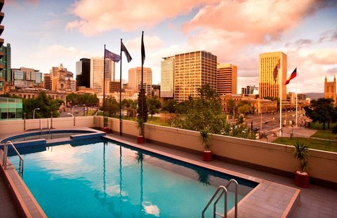 Hilton Adelaide - Pool