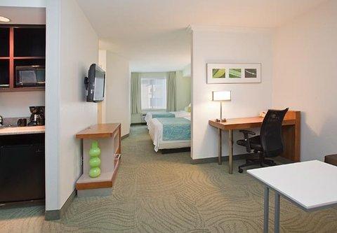 SpringHill Suites by Marriott Portland Airport - Queen Queen Studio Suite Living Area