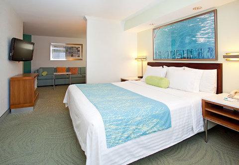 SpringHill Suites by Marriott Portland Airport - King Studio Suite