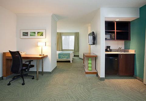 SpringHill Suites by Marriott Portland Airport - Deluxe King Studio Suite