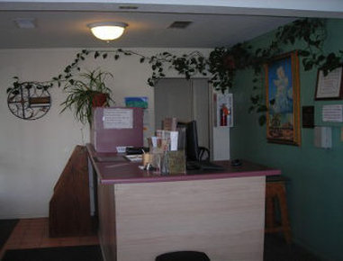 Knights Inn Cortez CO - Front Desk