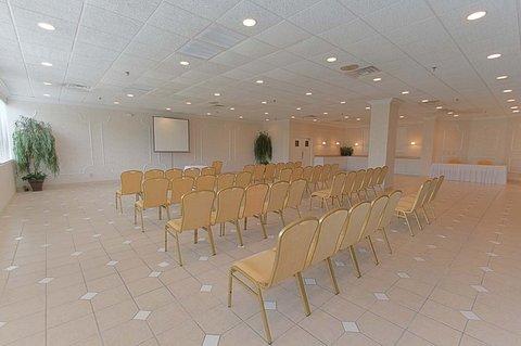 Riverview Inn - Meeting Room