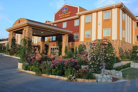 BEST WESTERN PLUS Blanco Luxury Inn & Suites - Exterior