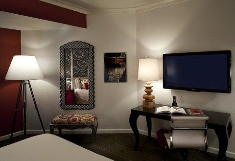 Monaco Seattle A Kimpton Hotel - Guest Room Work Area