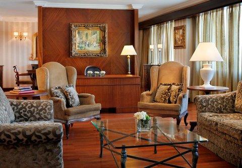فندق ماريوت عمان - Royal Suite Living Room