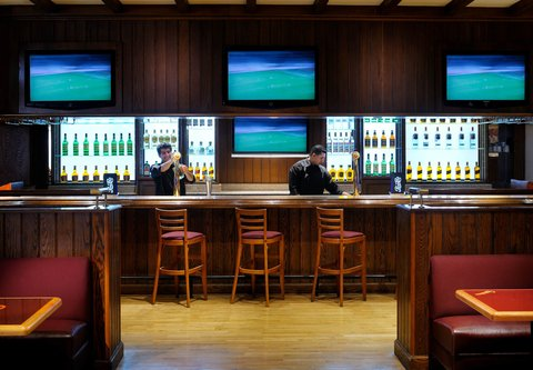فندق ماريوت عمان - Champions Sports Bar   Restaurant
