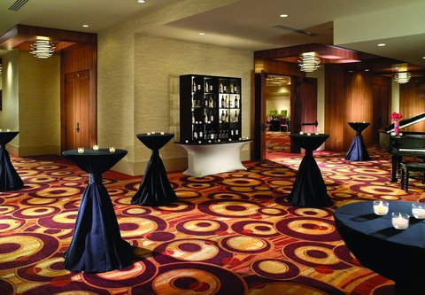 Chicago Marriott O'Hare Hotel - Pre-Function Space
