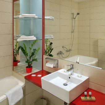 Promenade City Hotel - Bath Room View