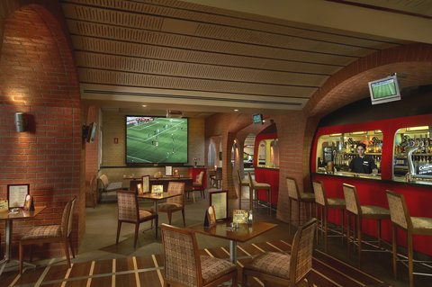 Habtoor Grand Resort, Autograph Collection - The Underground Pub