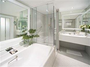 Pullman Bangkok Hotel G - Bathroom