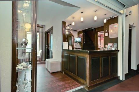 汉普郡图集酒店 - Reception