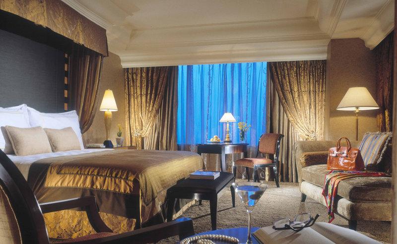 Mulia Hotel Senayan Suite