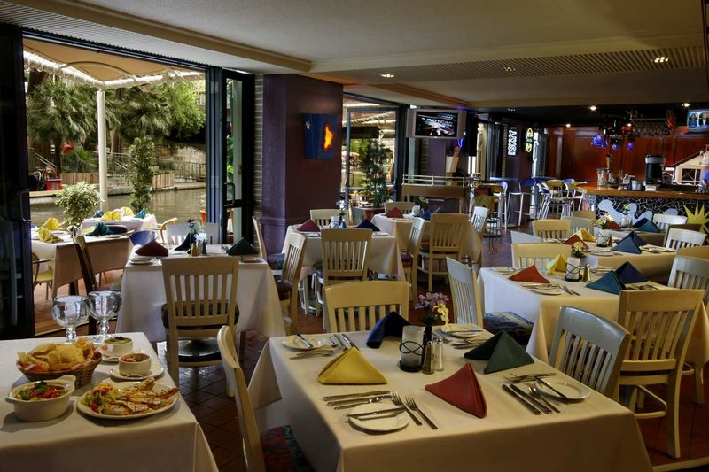 Hilton Palacio Del Rio レストラン