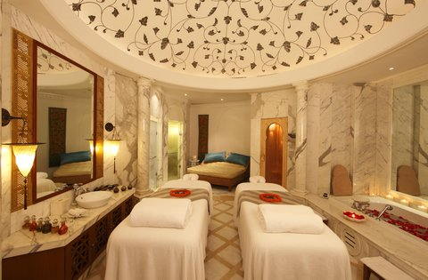ذه إمريال، نيودلهي - Moghul Suite at The Imperial Spa