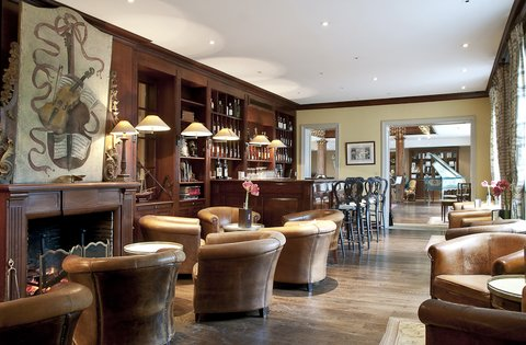 Les Sources De Caudalie Hotel - Bar French Paradox