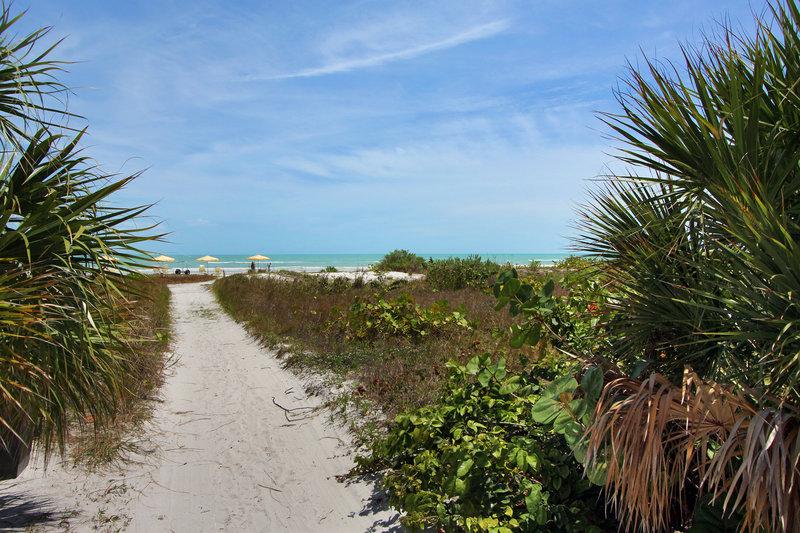 Island Inn Sanibel: Seaside Inn In Sanibel, FL 33957