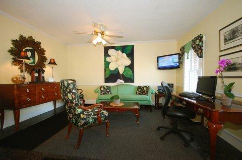 Best Western Sea Island Inn - Lobby