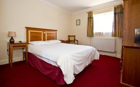 Lynams Hotel - Guest Room