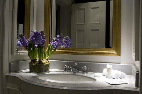 Schlosshotel im Grunewald - Bathroom
