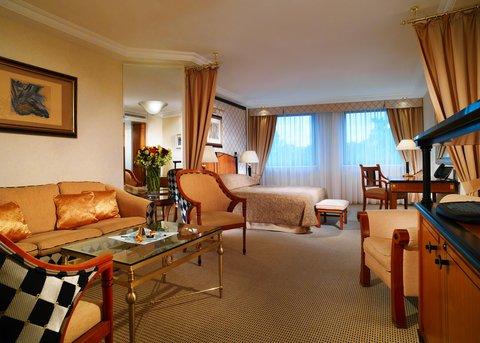 فندق كيمبنسكي كورفينوس بودابست - Junior Suite