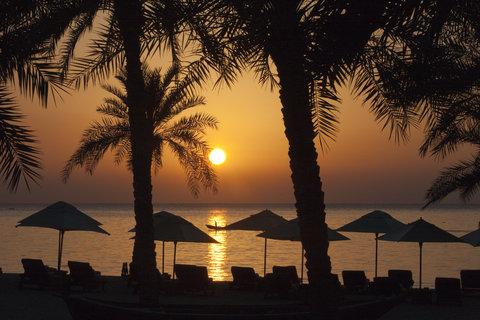 Six Senses Zighy Bay - Sunrise On The Beach