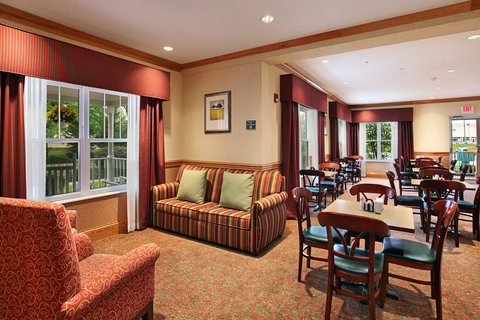 Country Inn and Suites Columbus Airport East - Breakfast Room
