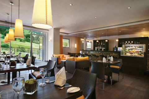 Kempinski Hotel Das Tirol - Spa Mountain Health Bar