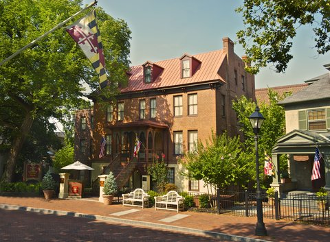 Historic Hotels of Annapolis - Governor Calvert House