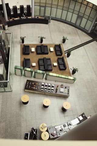 NH Düsseldorf City - Lobby
