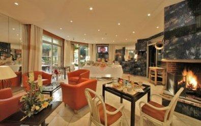 De Bordeaux Hotel - Breakfast Room